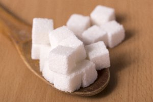 ココナッツオイルコーヒーに砂糖を入れても良いの?